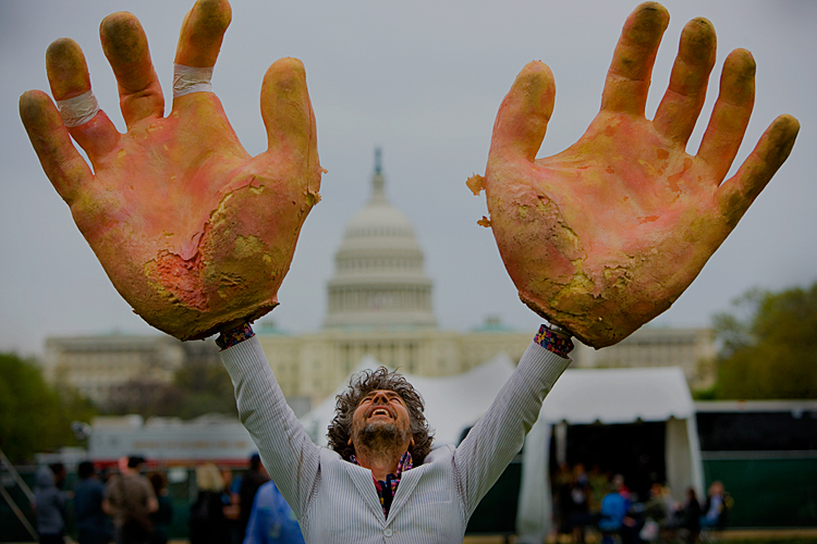 Wayne Coyne of the Flaming Lips Giving Congress a Big Hand : Earth Day Celebrations The Mall : Washington DC