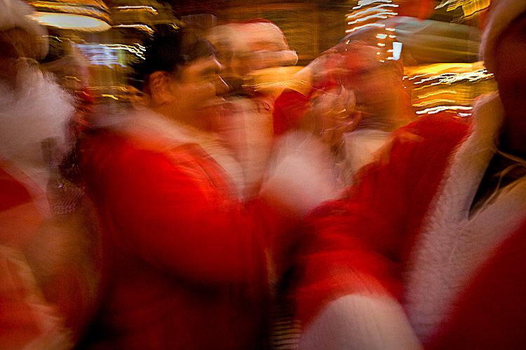 Crazed Blur Santas Pub Crawl : Santacon East Village : New York City