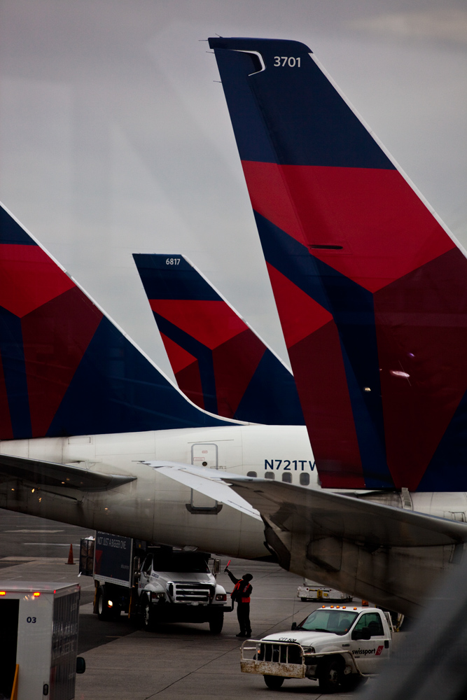 Delta Aircraft at JFK : Terminal 2 : New York City